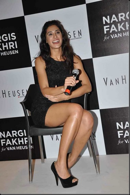 Nargis Fakhri named brand ambassador of 'Van Heusen Woman'3