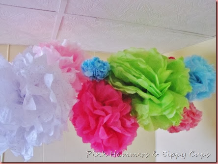DIY Pom Poms @Pink Hammers & Sippy Cups