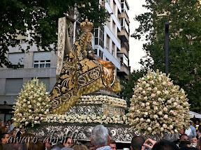 exorno-floral-centenario-coronacion-canonica-año-jubilar-mariano-angustias-granada-alvaro-abril-vela-2013-(40).jpg
