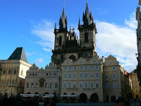 Obiective turistice Cehia: Piata Centrala din Orasul de Aur