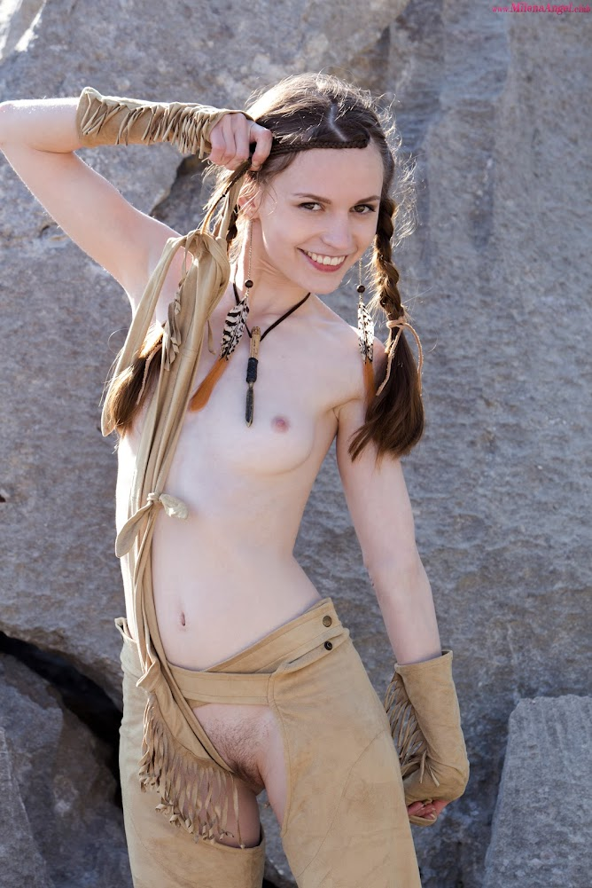 [MilenaAngel.Club] Sofi Shane - Cute Coyote Canyon
