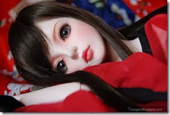 Cute-innocnet-doll-girl-sad-alone-beautiful-beauty