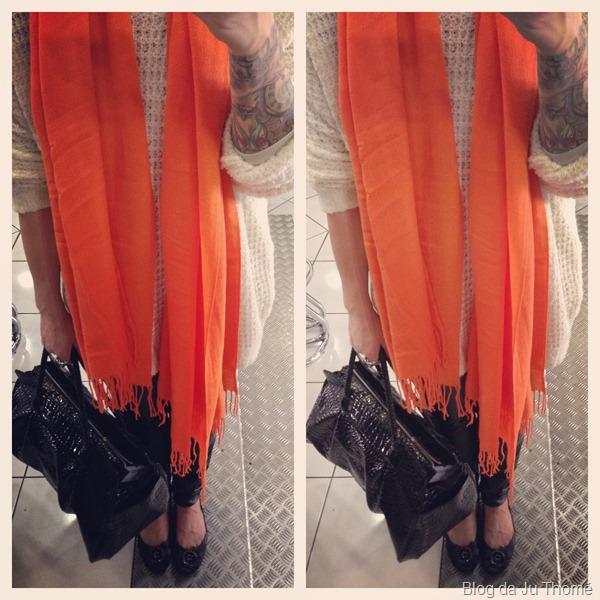look maxi tricot, calça de couro e cachecol laranja (3)