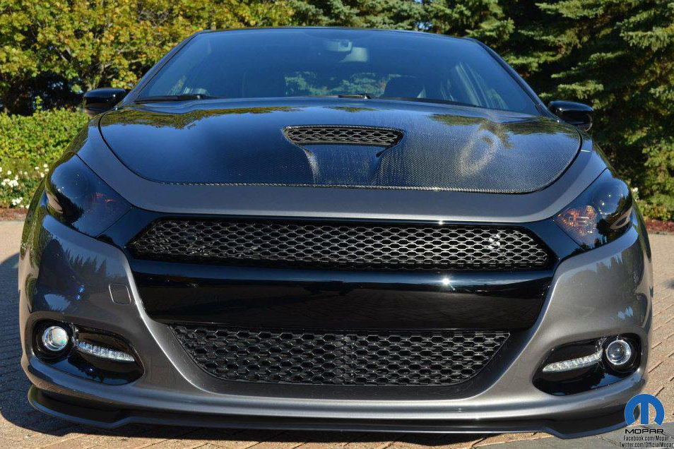 Mopar Shows the Darker Side of the 2013 Dodge Dart with SEMA Study