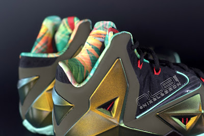 lebron11 king of the jungle 08 web dark LEBRON 11 Breakdown: Yes, its True to Size & Yes, its the Lightest LBJ Sig!