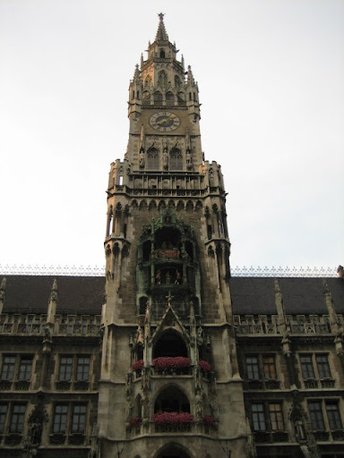 Glockenspiel in Marienplatz
