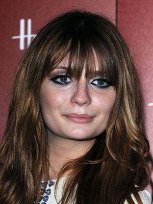 actress_mischa_barton_opens_the_harrods_sale_in_knightsbridge_176dlt4-176dlta
