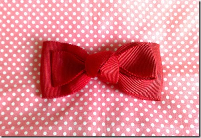 How-to-make-a-ribbon-hair-bow-in-red-1
