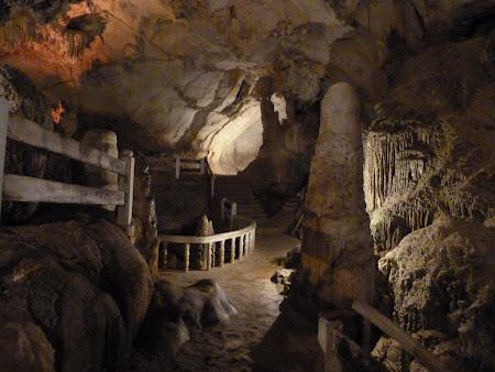 Tam Jang cave
