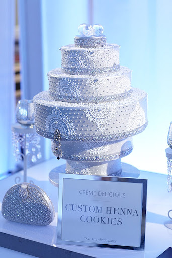 A silver and white cake to fit our theme (Sandy makes gorgeous cakes in fabulous bright colors, too!)