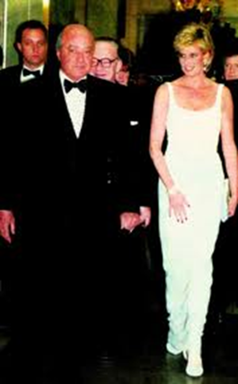 Mohamed Al Fayed y Diana Spencer en 1996