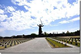 021-MO-mamaiev kourgan-statue vue du cimetiere militaire
