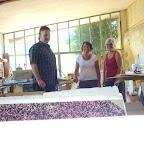 Casten, Isabelle, Elisabeth  dans l'atelier d'Isabelle  à Beaumont de Pertuis.
