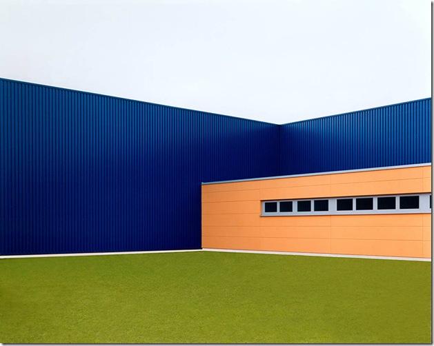 josef schulz_Halle blau #1, 2001