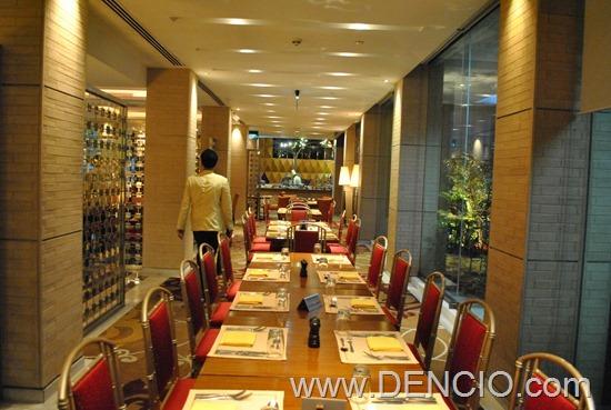 Cafe Ilang Ilang Buffet Manila Hotel 153