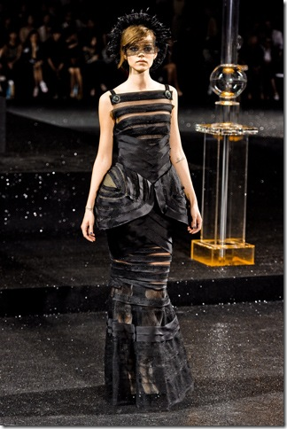 Chanel Fall 2011 Dress (nay) 11