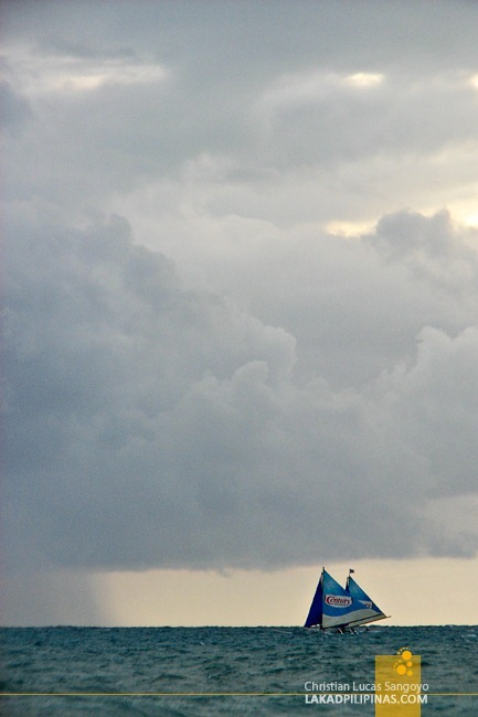 Paraws Across Boracay's Horizon