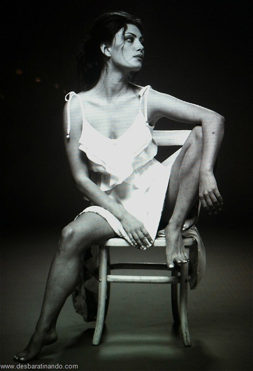 Phoebe Tonkin linda sensual sexy sedutora hot fotos pictures photos desbaratinando (41)