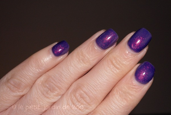 008-max-factor-max-effects-mini-nail-polish-fantasy-fire-bottle