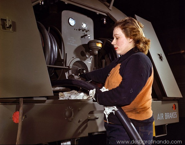 world-war-ii-women-at-work-in-color-mulheres-trabalhando-segunda-guerra-mundial-ww2 (3)