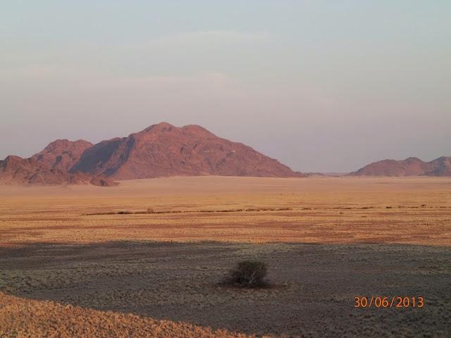 Sossusvlei Dunes 0 02.JPG