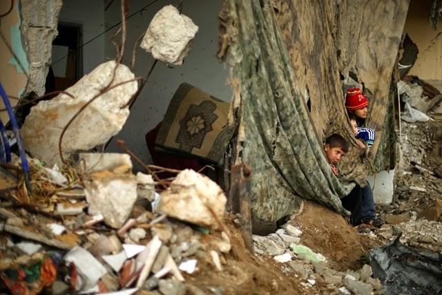 gaza-living-ruins