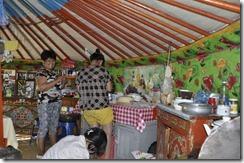 07-14 khongor 042 800X coin cuisine
