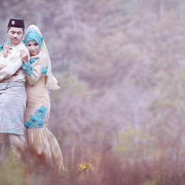 Outdoor Sesion by Baryn's SkyField - Wedding Bride & Groom ( studio pusaka kenangan, wedding, barynskyfield )