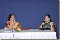 डॉ. वसुंधरा नाटेकर आणि डॉ. जयश्री देशपांडे