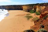 Dramatic Cliff Drops To The Beach At London Bridge - Great Ocean Road, Australia