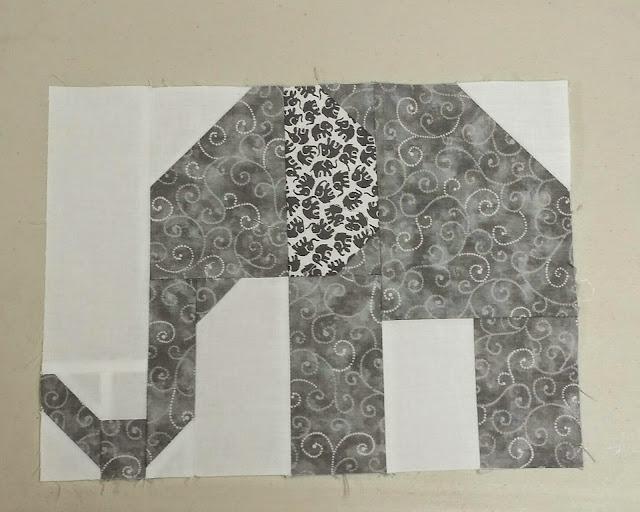 http://aquiltingchick.blogspot.com/2015/02/elephant-parade-mama-elephants.html