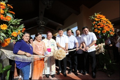 Villar SIPAG Center Inaugurated