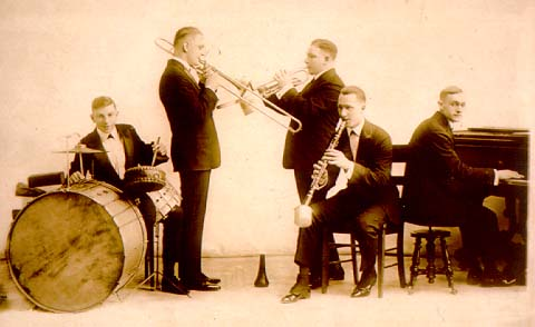 original-dixieland-jazz-band-sepia-smooth3.jpg