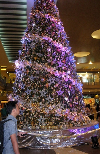 sparkly christmas tree