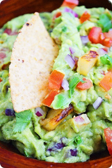 Grilled Pineapple Guacamole – Add sweet, smoky pineapple to your favorite guacamole for a tropical twist! | thecomfortofcooking.com