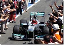 Schumacher festeggia il podio al gran premio d'Europa 2012