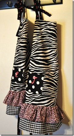 ZEBRA APRONS (2)