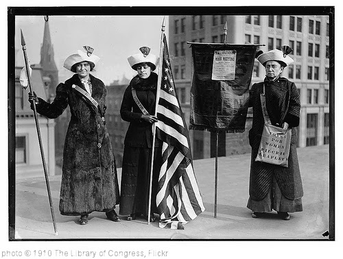 '[Suffragettes with flag]  (LOC)' photo (c) 1910, The Library of Congress - license: http://www.flickr.com/commons/usage/
