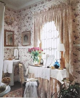 The country feel accentuated by flowers and furnishing | Lavender & Twill