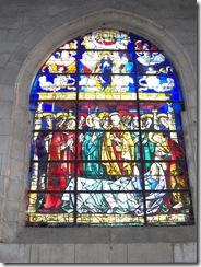 2012.08.17-006 vitraux dans l'église