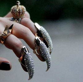 2011-Hot-Wholesale-Cat-Woman-Long-Claw-Ring-Full-Solid-rhinestone-Nail-Ring-2-color-PUNK-crystal-Finger-Tip-Google-Chrome-1202012-64347-PM.bmp