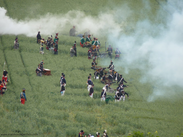 recreacion-de-la-batalla-de-waterloo-2.JPG