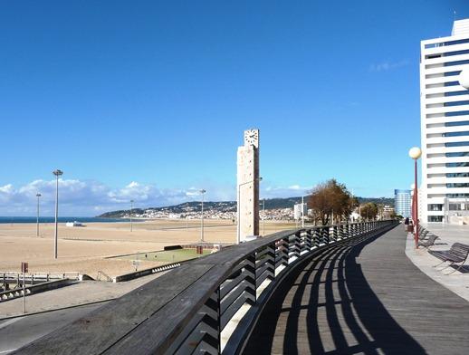 Portugal -Figueira da Foz - praia - relógio - Glória Ishizaka