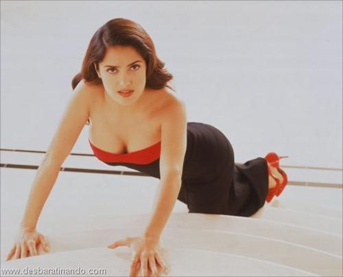 salma hayek linda sensual sexy sedutora gostosa peituda boob tits desbaratinando  (62)