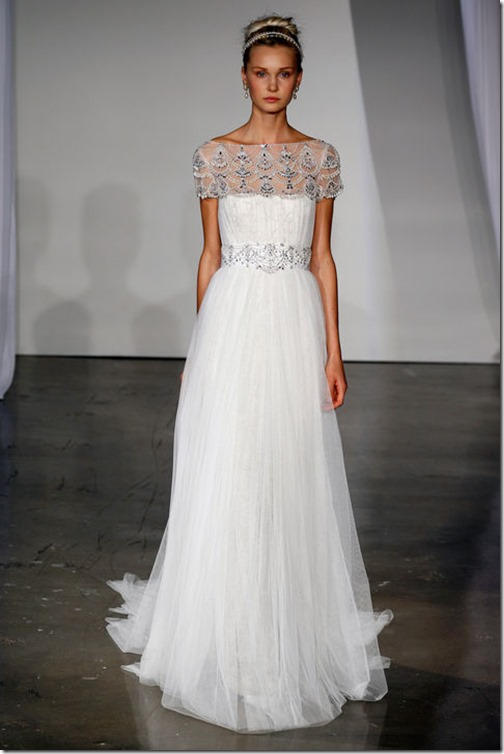 01-wedding-dress-trends-marchesa-h724
