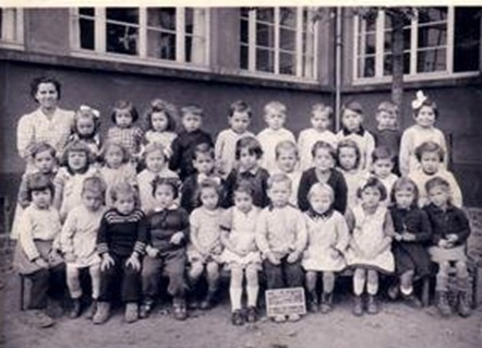 1950-1951 Ecole-Ste-Therese