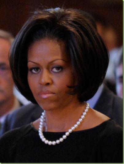 michelle-obama-updo-bob-590do011310