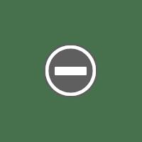 Foto Wanita Dalam Make Up Karakter Hollywood (9)