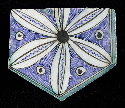 Tile | Origin: Syria or Egypt | Period:  15th century | Collection: The Madina Collection of Islamic Art, gift of Camilla Chandler Frost (M.2002.1.766) | Type: Ceramic; Architectural element, Fritware, underglaze-painted, Height: 5 3/4 in. (14.6 cm); Width: 6 1/4 in. (15.87 cm)