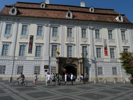 Things to see in Sibiu: Brukenthal Museum Sibiu